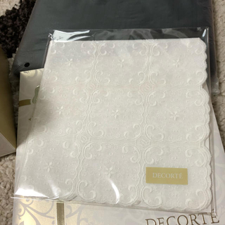 コスメデコルテ(COSME DECORTE)のコスメデコルテ 3点セット【非売品】(その他)