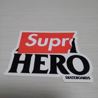シュプリーム(Supreme)の激レア 正規品 ステッカー シュプリーム スケボー PC ノートパソコン 車 (スーツケース/キャリーバッグ)