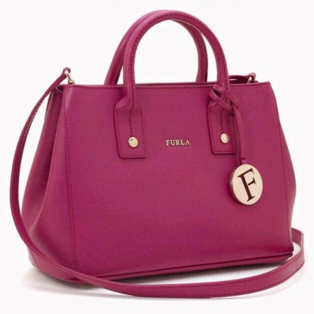 Furla(フルラ)のFURLA リンダミニ ラズベリー ショルダーバッグ レディースのバッグ(ショルダーバッグ)の商品写真