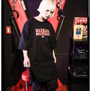 ミルクボーイ(MILKBOY)のKRY  「TENOHIRA」  BIG Tシャツ 新品未開封 ブラックレッド(Tシャツ/カットソー(半袖/袖なし))