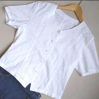 エディットフォールル(EDIT.FOR LULU)のジャンティーク 購入 コットン 刺繍ブラウス(シャツ/ブラウス(半袖/袖なし))