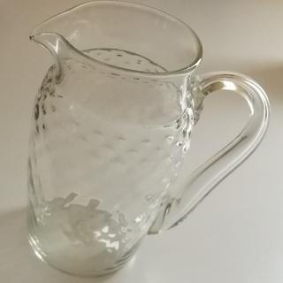 ヤエカ(YAECA)のくるみガラス ジャグ 【新品 未使用】(食器)