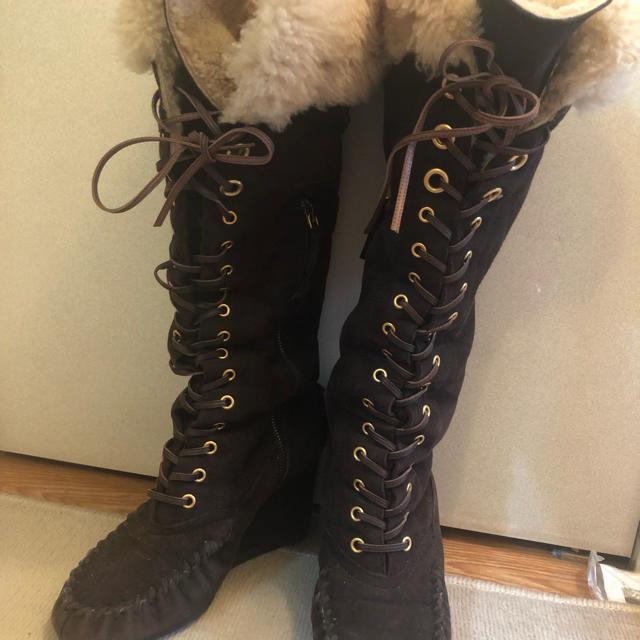 miumiu(ミュウミュウ)のmiumiu ムートンブーツ レディースの靴/シューズ(ブーツ)の商品写真