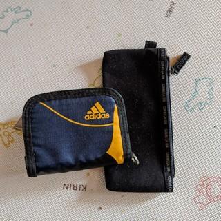 アディダス(adidas)の二つ折り財布(折り財布)