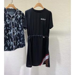 ルイヴィトン(LOUIS VUITTON)のLouis Vuitton★LVエアラインパッチTシャツドレス(ひざ丈ワンピース)