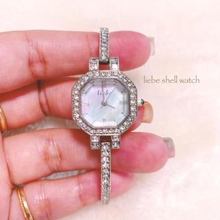 アビステ(ABISTE)の【liebe】シェル文字盤 シルバー腕時計 美品 箱付き(腕時計)