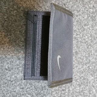 ナイキ(NIKE)の専用です  NIKE 三つ折り財布 未使用品(折り財布)