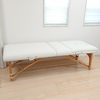 折りたたみベッド♪木製/軽量/持ち運び可能/高さ調節可能[ホワイト](簡易ベッド/折りたたみベッド)