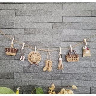 茶色★ミニチュアカゴや帽子のガーランド エコクラフト 壁飾り(バスケット/かご)
