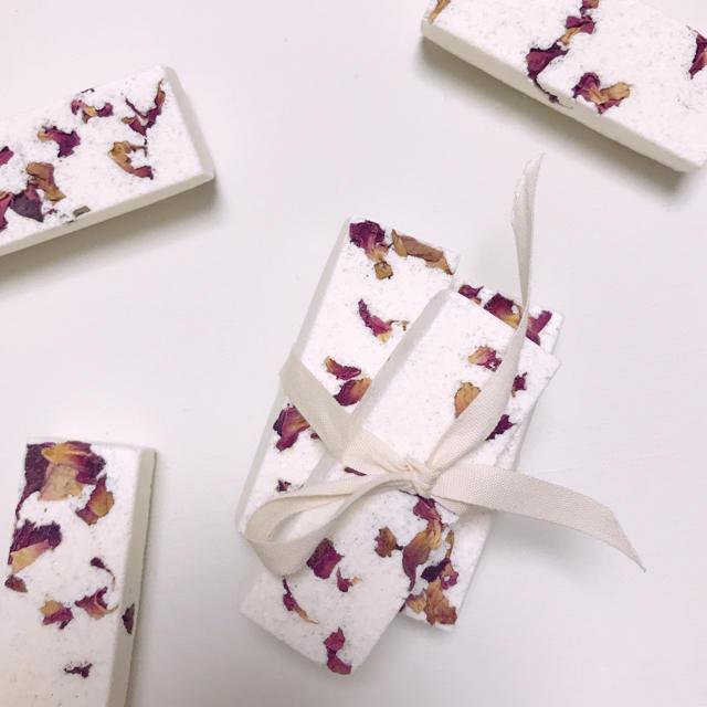 Kneipp(クナイプ)のhandmade🍋レモングラスの香り ナチュラルな入浴剤2種類 お試し3回分 コスメ/美容のボディケア(入浴剤/バスソルト)の商品写真