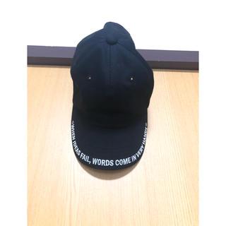スピンズ(SPINNS)のロゴ入り帽子(キャップ)