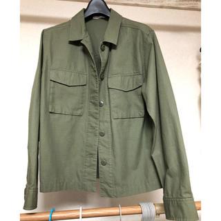 ユニクロ(UNIQLO)のユニクロ/ミリタリージャケット/ミリタリーシャツ(ミリタリージャケット)