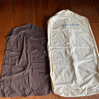 ルイヴィトン(LOUIS VUITTON)のキャット様専用未使用LV&Hermèsガーメント5点セット衣類保管ケース(その他)