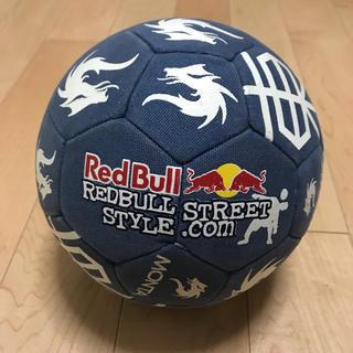 レッドブル フリースタイルフットボール公式球 非売品ボール (ボール)