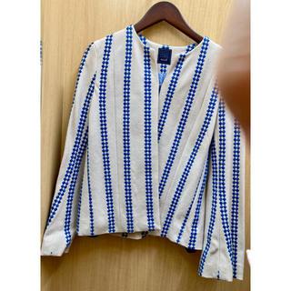 ミナペルホネン(mina perhonen)のミナペルホネン 刺繍ジャケット(ノーカラージャケット)