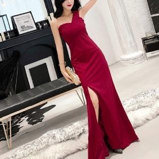 ロングドレス赤(ナイトドレス)
