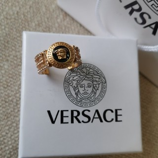 ヴェルサーチ(VERSACE)のヴェルサーチ メンズ Versace 指輪 リング 男女兼用(リング(指輪))