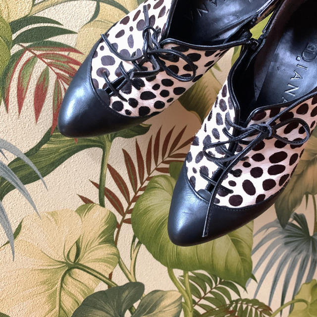 DIANA(ダイアナ)の本日売り切り!DIANA  レースアップハラコブーティ23.0 レディースの靴/シューズ(ブーティ)の商品写真