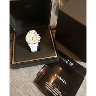 シャネル(CHANEL)のCHANEL J12 シャネル クロノグラフ ホワイトセラミック 美品 (腕時計(アナログ))
