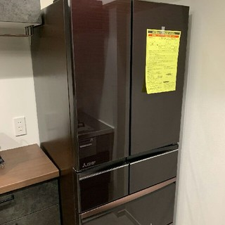 ミツビシ(三菱)の早い者勝ちです‼️新品未使用2020年製‼️ MITSUBISHI6ドア冷蔵庫。(冷蔵庫)