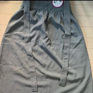 スピンズ(SPINNS)のSPINNS サロペット付きスカート(ひざ丈スカート)