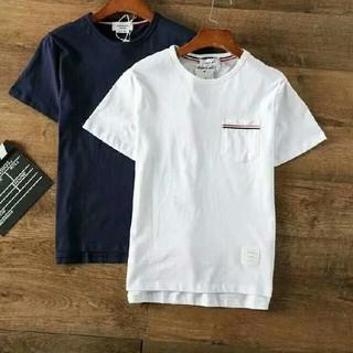 トムブラウン(THOM BROWNE)の新品!THOM BROWNE Tシャツ 半袖(Tシャツ/カットソー(半袖/袖なし))