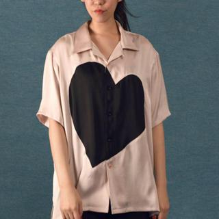 ミルクボーイ(MILKBOY)のMILKBOY ミルクボーイ  SILKY HEART シャツ ピンク (シャツ)