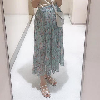 エンビールック(ENVYLOOK)の花柄プリーツスカート(ロングスカート)