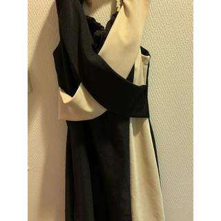 ジュエルズ(JEWELS)のドレス(ひざ丈ワンピース)