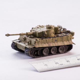 カイヨウドウ(海洋堂)のワールドタンクミュージアム、1/144スケール 戦車 32(模型/プラモデル)