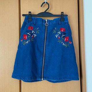 シマムラ(しまむら)のしまむら 刺繍入りジーンズスカート ポケット有り ミニスカート 可愛い 大人気(ミニスカート)