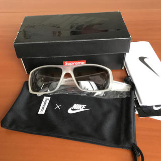シュプリーム(Supreme)のSupreme/Nike Sunglasses シロ(サングラス/メガネ)