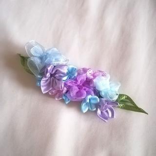 ラッピング無料☆送料無料☆紫陽花のヘアクリップ バレッタ リボンフラワー(ヘアアクセサリー)