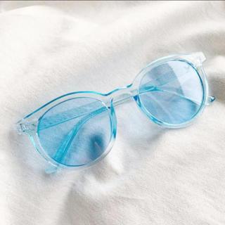ザラ(ZARA)の新品 水色サングラス レディースビッグフレームサングラス 軽量サングラス(サングラス/メガネ)