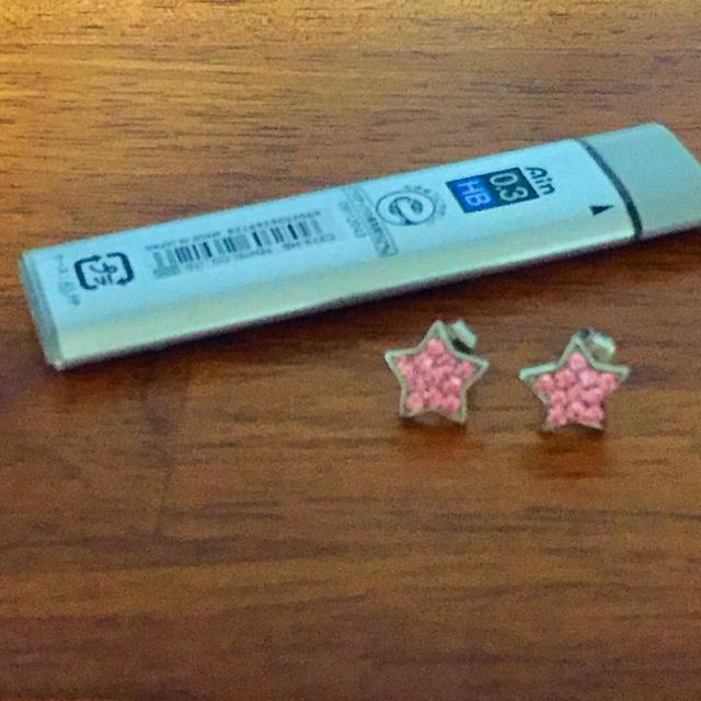 ピアス 星 ピンク レディースのアクセサリー(ピアス)の商品写真
