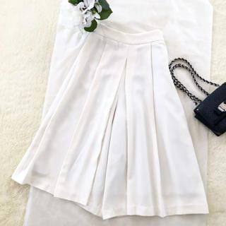 エル(ELLE)の美品‼️【エル ELLE】シルエットが綺麗なガウチョパンツ フレアースカート(ひざ丈スカート)