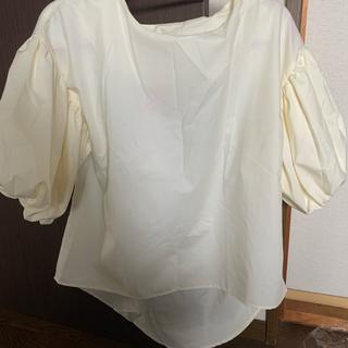 カワイイ(cawaii)のcawaiiボリューム袖カットソー 未使用品(カットソー(半袖/袖なし))