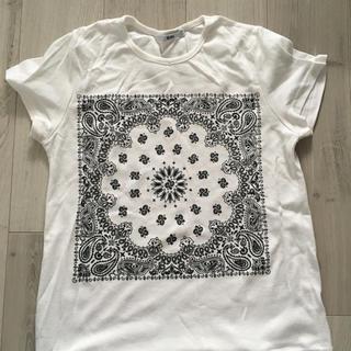 グレイル(GRL)のバンダナ柄Tシャツホワイト(Tシャツ/カットソー(半袖/袖なし))