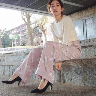 Lily Brown - リリーブラウン♡スワン柄パンツ