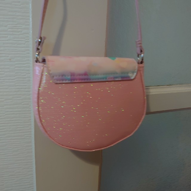 アナと雪の女王(アナトユキノジョオウ)のH&M アナと雪の女王 ポシェット 未使用 キッズ/ベビー/マタニティのこども用バッグ(ポシェット)の商品写真