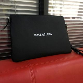 バレンシアガ(Balenciaga)のほぼ未使用/クラッチバッグ ブラック☆バレンシアガ(セカンドバッグ/クラッチバッグ)