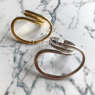 ビューティアンドユースユナイテッドアローズ(BEAUTY&YOUTH UNITED ARROWS)のunique  loop ring 《silver》(リング(指輪))