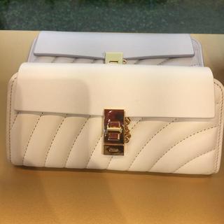 クロエ(Chloe)の【Fさま】Chloe ドリューシリーズ ♡ホワイト♡お箱付き♡お財布(財布)
