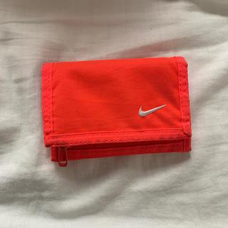 ナイキ(NIKE)のNIKE 財布 折りたたみ財布(財布)