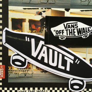 ヴァンズ(VANS)のVANSバンズUS限定sk8ロゴshoeboxタグステッカーおまけ付き(スケートボード)