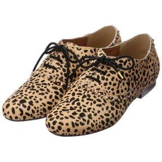 アングリッド(Ungrid)のUngrid スタッズ付きハラコフラットシューズ L(ローファー/革靴)