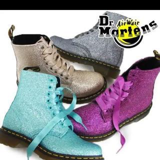 ドクターマーチン(Dr.Martens)の新品☆ドクターマーチン Dr.Martensグリッターブーツ(ブーツ)