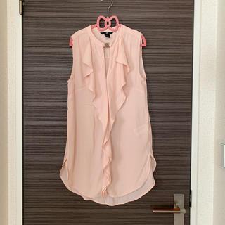 エイチアンドエム(H&M)のH&M  ひらひらノースリーブブラウス  ピンク  美品(シャツ/ブラウス(半袖/袖なし))