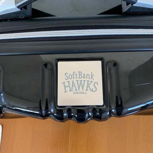 福岡ソフトバンクホークス(フクオカソフトバンクホークス)のソフトバンクホークス☆キャリーバッグ スポーツ/アウトドアの野球(応援グッズ)の商品写真