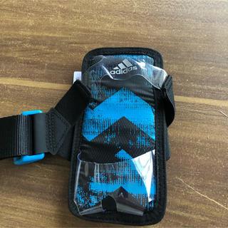 アディダス(adidas)のadidas 携帯用アームバンド(その他)